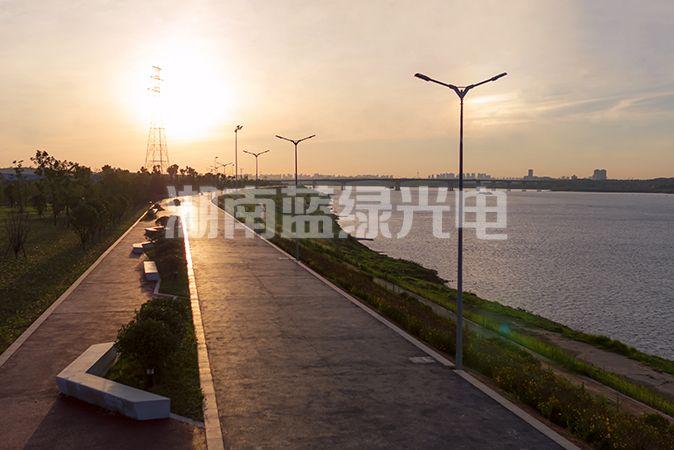 湘潭二桥至五桥河堤35